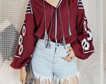 Fashion embroidered blouse! FREE SHIPPING !