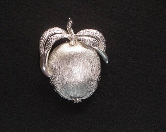 Sarah Coventry Fruit (Apple?) Brooch / Pin --      #9
