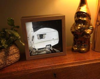 The Van Lightbox