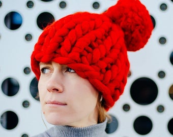 Pompon hat, chunky hat, Helsinki hat