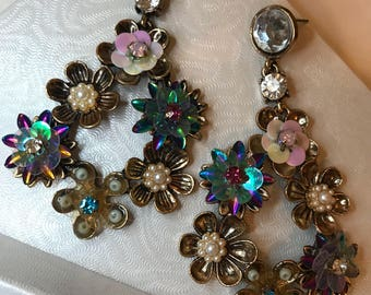 Crystal Floral Pastel Silver Front Hoops