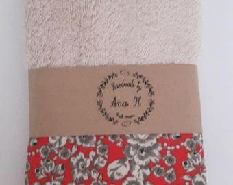 With crochet lace guest towel