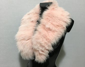 Fox Fur Collar / Scarf pink collor. Fashion fur Collar