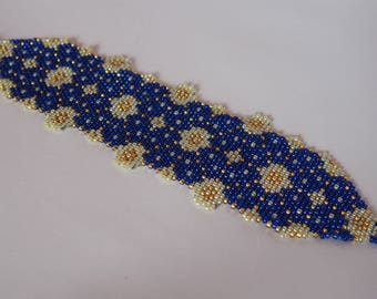 Batik Blue Truntum, Beaded Bracelet, Peyote Stitch