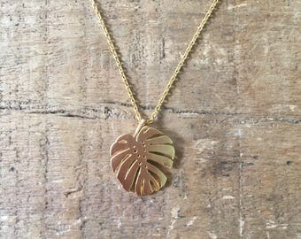 Cheese plant leaf necklace