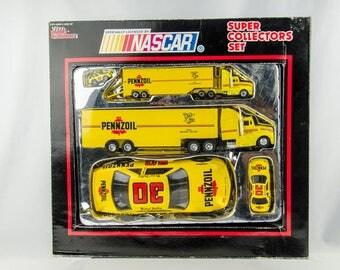 Racing Champions Michael Waltrip #30 Pennzoil Nascar Super Collectors Set