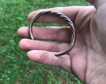 Solid Twisted Copper Band