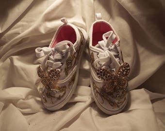Young girls Bling dress up sneakers size 11