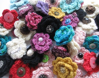 10 Crocheted Flower Pins/Brooches, Great for Shower Favors