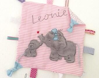 Elephant love blanket