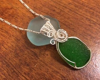 Genuine Green Sea Glass Silver Wire Wrapped Pendant, Sea Glass Necklace, Beach Glass Necklace, Sea Glass Pendant.