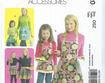 McCalls 5720 - Misses, Childrens & Girls Aprons - All Sizes Included