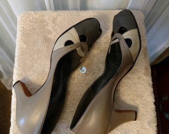 1930's Leather Deco Peep Toe Pump by Wells Shoes/Tweedies Alluring Footwear, Size 8