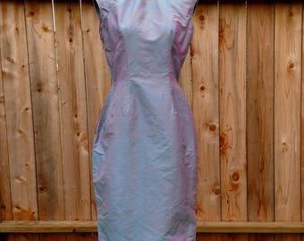 40's silk cheongsam, 1940's qipao, vintage Chinese dress, Suzy Wong, metal side zip, bombshell
