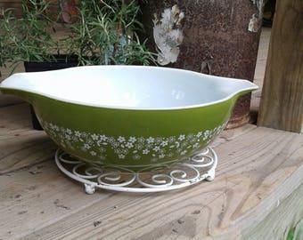 Spring Green Pyrex bowl
