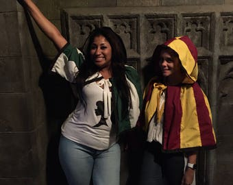 Adult Harry Potter mini cloak with Slytherin, Gryffindor, Hufflepuff, Ravenclaw house crests