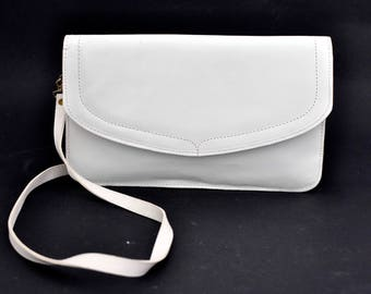 Vintage c.1980s White Shoulder Clutch Handbag with Gold Tone Details