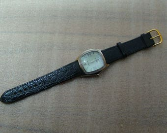 swiss watch quartz