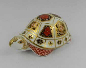 Porcelain paper button turtle Royal Crown Derby England