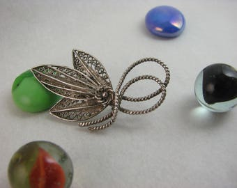 Silver Geometric Flower Filigree brooch /  Pin and Hook / Marked 950 and Horse /  c 1950s  Italian