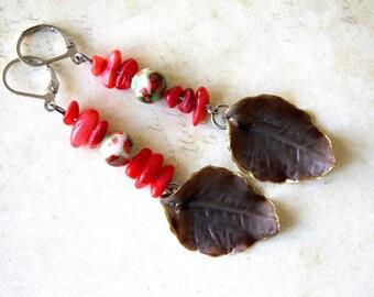 Brown leaf red charm earrings