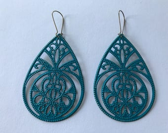 Painted Lightweight Filigree Earrings - Tear Drop  2 1/2 x 1 1/2 inch