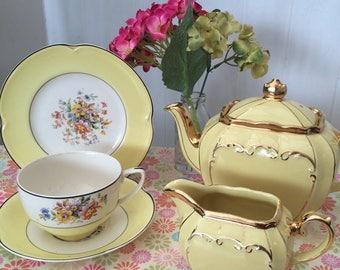 Beautiful & Rare Sadler Full Size Yellow Teapot Set