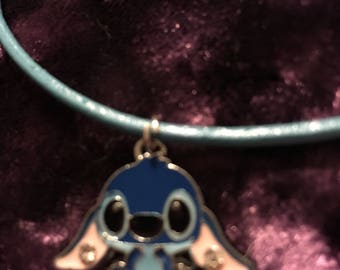Stitch necklace