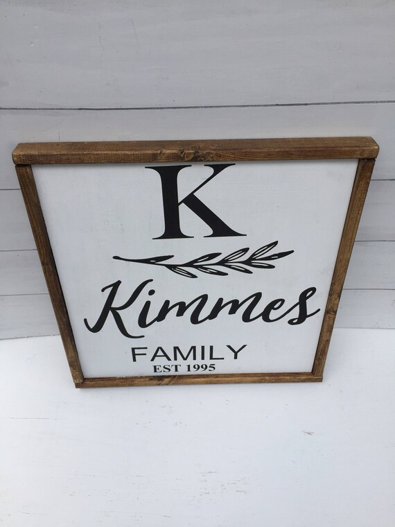 Farmhouse  Decor- Family Sign- Farmhouse Housewarming Gift- Rustic Décor- Farmhouse Style- Farmhouse Sign Country Decor