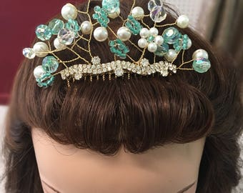 Bridal or special occasion Gold Rhinestone Beaded haircomb