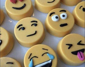 Emoji Chocolate Covered Oreos