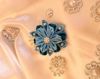 Flower in light blue and turquoise satin ribbon - you choose the backing: hair clip, brooch, comb or headband