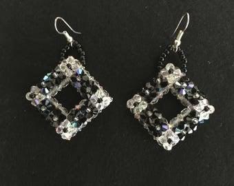 Earrings pearls swarovski crystal and black 6 cm