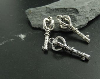 1Breloque key Silver Pendant