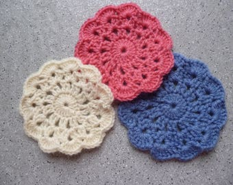 Set of 3 round Doilies made by hand crocheted in wool, crochet, home decoration flowers ornament