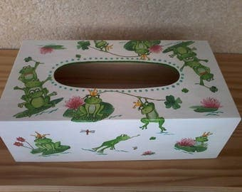 Tissue box with as motive family frogs