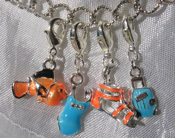 ESCAPE KIT: 1 BRACELET 20CM + 4 JERSEY TONG FISH SUITCASE + BAG CHARM CLASP METAL CHARMS SILVER * V465
