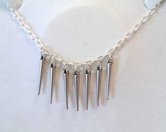 Necklace long chain and silver spikes