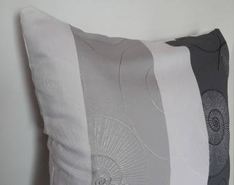 Gray and white pillow cover; 40x40cm