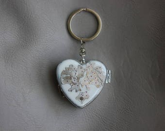 Small box or pill box heart Keychain made of resin and watch parts