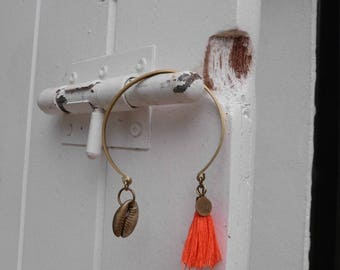 Tassel Bangle orange bright and Golden shell, Annette collection