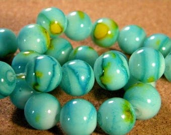 10 beads 12 mm glass speckled turquoise PE201 28