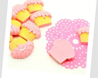 10 pink cupcake resin cabochons