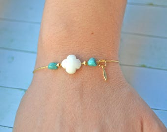 Flower white agate and Turquoise gold plated bracelet