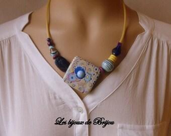 Floral square - collar short original and modern