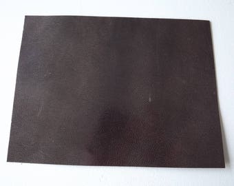 LEATHER BROWN LIGHT PATTERNS 20X15CM