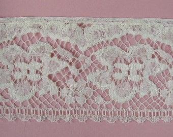 Ecru lace Ribbon, 8.5 cm, sold by the yard.