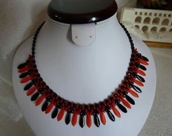 WOVEN WITH DAGGERS ' GAITÉ' BIB NECKLACE