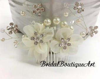 Flower Hair Comb,Vintage Inspired Bridal Comb,Petite Wedding Hair Comb,Bridal Flower & Crystal Hair Comb,Wedding Hair Piece