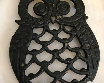 Set of Owl Trivets, small iron.